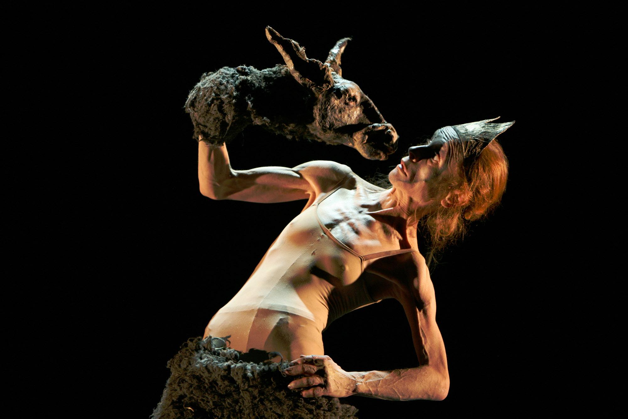 Ilka Schönbein (Theater Meschugge. La vieja dama y la bestia